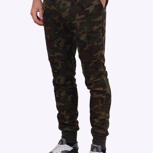 Nike tech fleece pant camo green/ brown